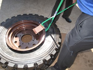 The Ken-Tool T2006 Super Serpent Demount Tool was used to pry the bead of the tire over the rim.