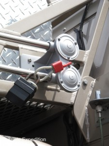 Fiamm marine air horns were secured with a lock and heavy cable.