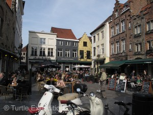 There was no lack of cute restaurants offering Flemish and Continental menus.