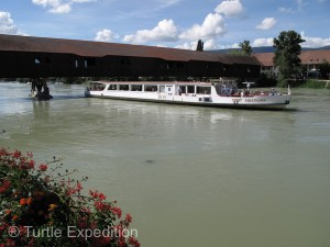 River boats loaded with tourists stop frequently in Büren.