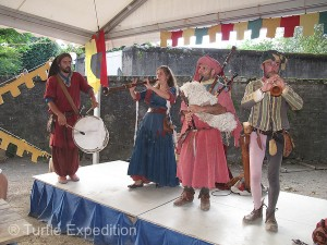 Troubadours perform in the streets and the town takes on an aire of its Medieval history.