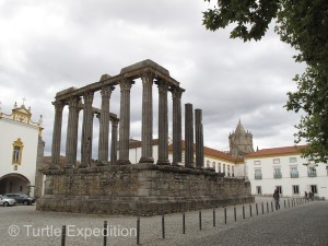 The Roman temple in the middle of the town was interesting. We'll see many more in the next few weeks.