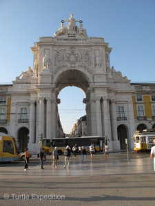 Praça do Comércio, the main plaza and square, were impressive. They led to a web of narrow streets and alleys lined with stores and little cafés and bars.