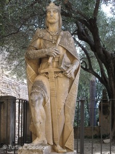 King Ferdinand III re-conquered Córdoba in 1236 and the territory became Christian again.