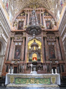 "This is the main altar of the enormous ""chapel"" in the center of the cathedral."