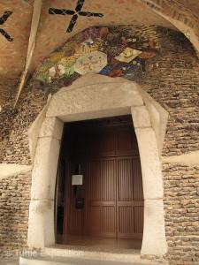 Colonia Guell 11 225x300 Colónia Güell, Cataluña, Spain 10/13