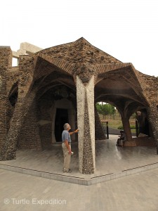Gaudí chose materials from many different sources including misshaped bricks and slag from a nearby smelter.