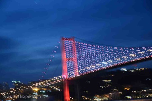 What a crazy artsy photo of the Bosporus Bridge!