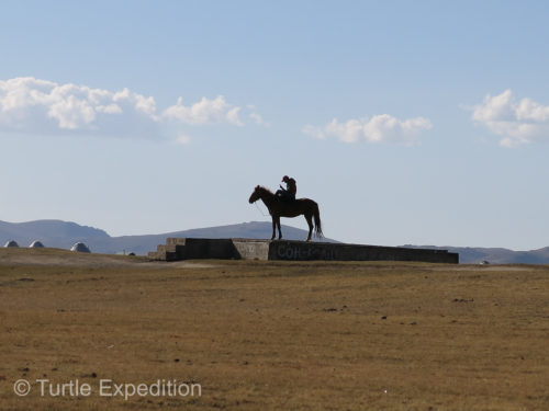 At first glance we thought this was a statue, but it was actually a lone horseback rider checking his cell phone.
