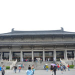 The Shaanxi History Museum was constructed in 1983 and opened to the public in 1991. It contains a massive collection of 370,000 precious relics.