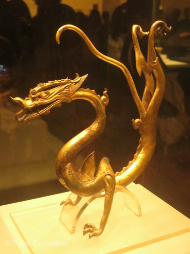 A cool looking golden dragon.