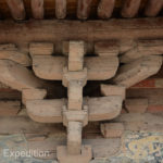 Close-up detail of the Dougong supports of the pagoda.