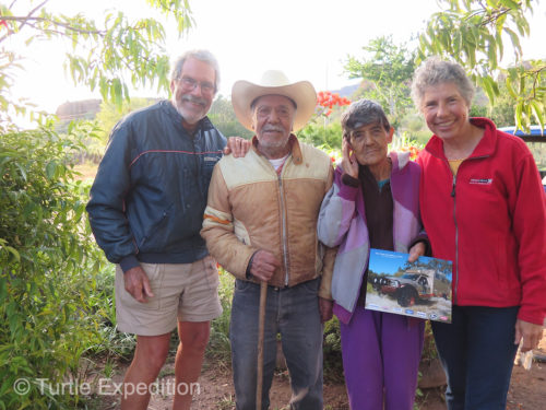 We were happy to see the old horseback guide Bule and his wife on their ranch outside San Javier.