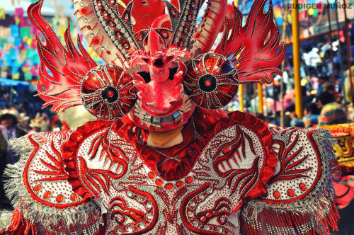 In Oruro, the Carnival tells the story of how the Spaniards conquered the Aymara and Quechua populations of the Andes.
